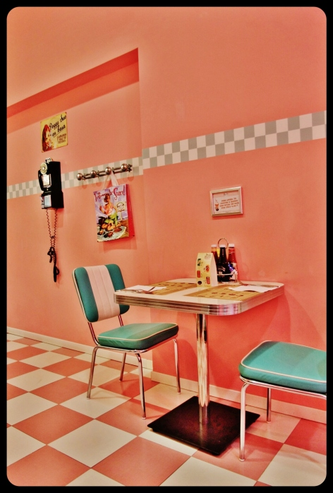 table peggy sue's