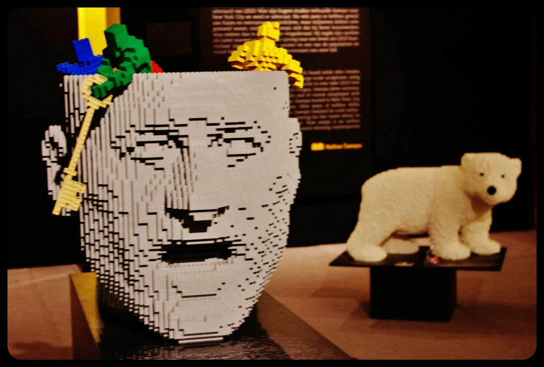 "think / Expo ""Art of the brick"". Bruxelles 2014"