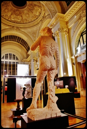 "David de Michel-Ange/Expo ""Art of the brick"". Bruxelles 2014"