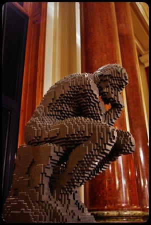 """Le penseur/Expo """"Art of the brick"""". Bruxelles 2014"""