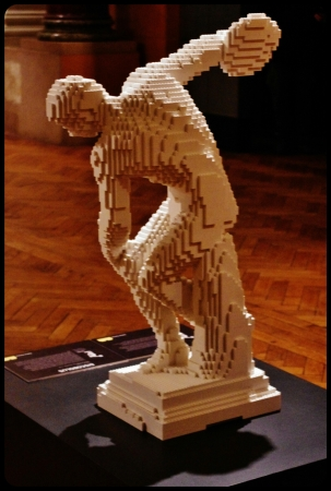"le discobole/Expo ""Art of the brick"". Bruxelles 2014"