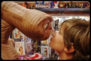 Elliot et E.T