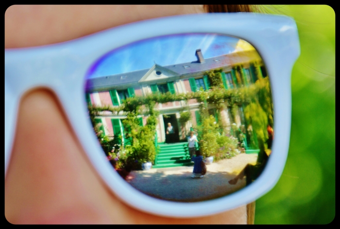 sunglasses in GIVERNY