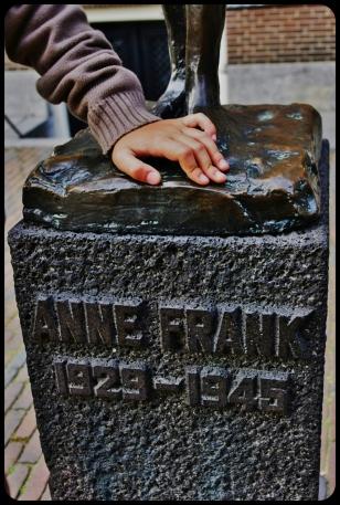 Anne Frank .2012