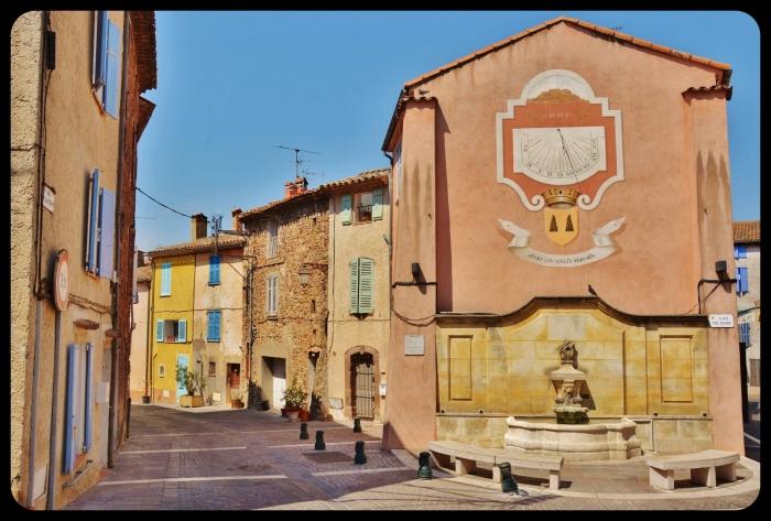 Roquebrune sur Argens . 08/2015