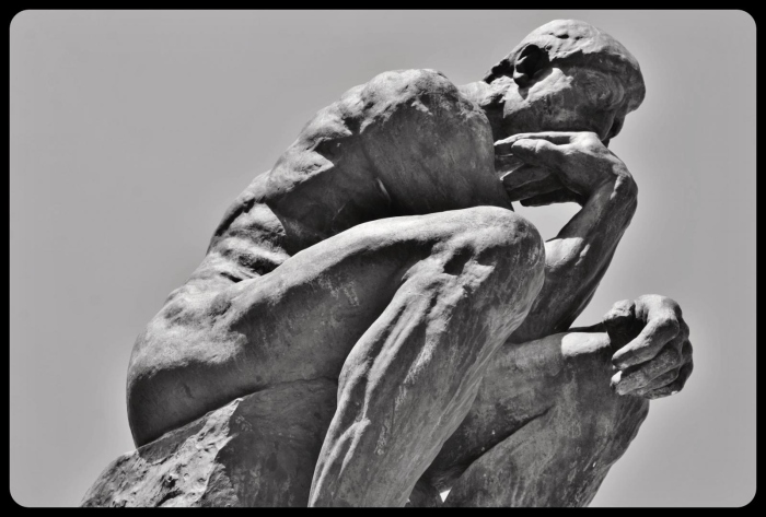 Le penseur de Rodin. Juin 2017