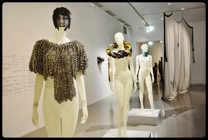 Expo Médusa Paris 11.2017-Haegue Yang. Sonicwear-Poncho #1, 2013.